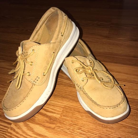 7bb75cac721fb6 Timberland Shoes - EUC tan sperry like size 9.5 -pet smoke free home